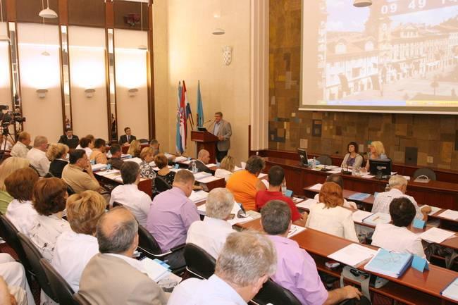 Gradsko vijeće usvojilo je rebalans proračuna Grada Rijeke za 2010. kojim se proračun povećava za 35 milijuna kuna