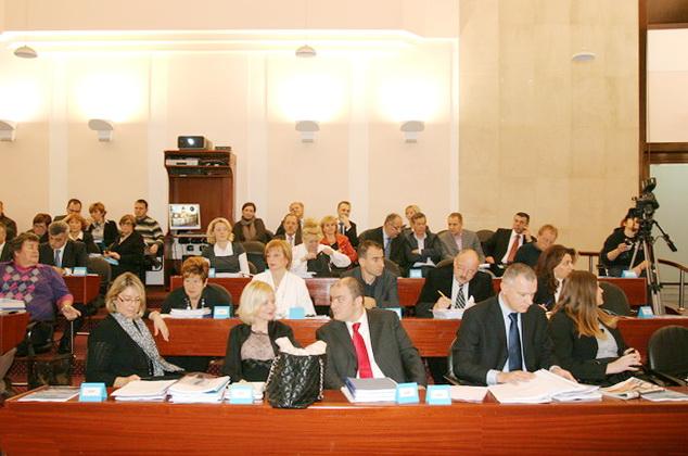 Gradsko vijeće Grada Rijeke prihvatilo je Prve izmjene i dopune Proračuna Grada Rijeke za 2012.