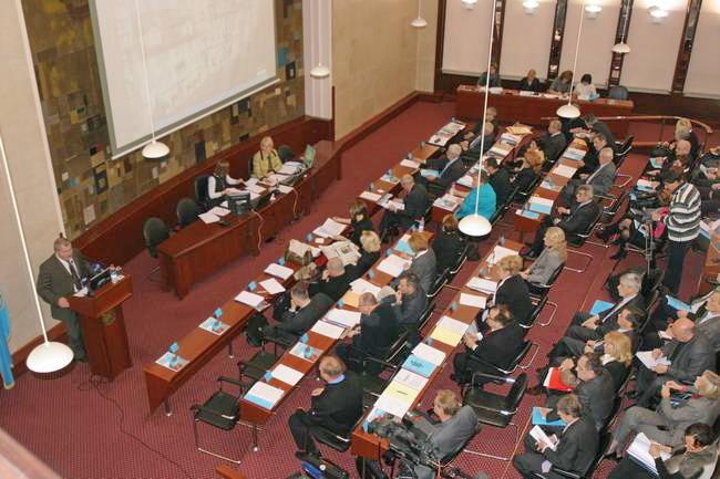 Gradsko vijeće usvojilo je izvješće gradonačelnika Grada Rijeke o radu u posljednjih šest mjeseci 2011. godine