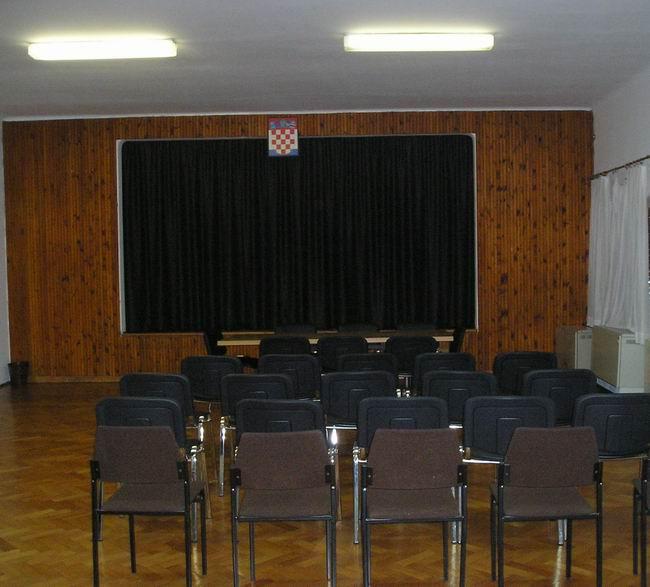 Dvorana Mjesnog odbora Škurinjska Draga