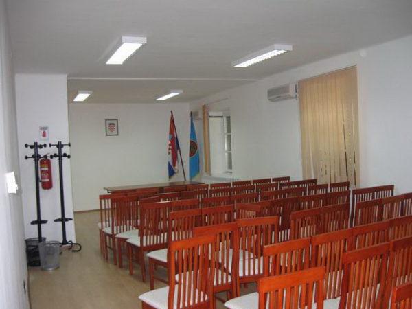 MO Krimeja sala za sastanke