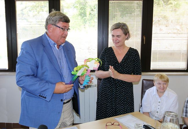 Ključeve gradskih stanova ravnateljici Centra Gordani Saršon uručio je gradonačelnik Rijeke Vojko Obersnel