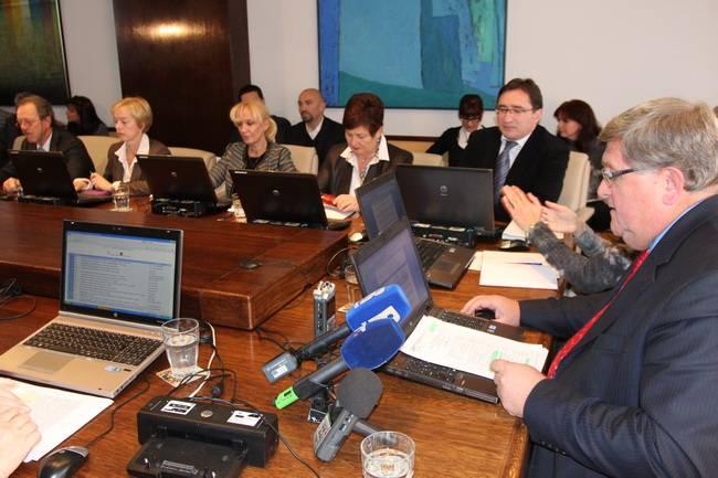 Predložen Proračun Grada Rijeke za 2015. godinu u iznosu od 798 milijuna kuna