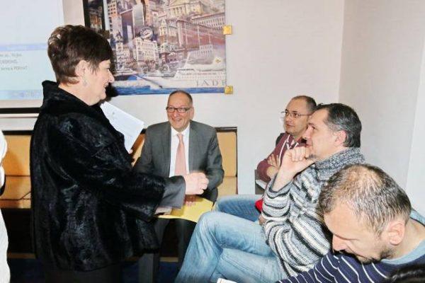 Pročelnica Irena Miličević i direktor KD VIK Andrej Marochini s novinarima