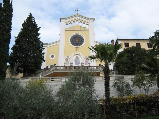 Salezijanska crkva Marije Pomoćnice