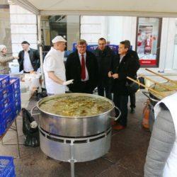 Bakalar na gulaš pripremili su vrijedni kuhari Studentskog centra Rijeka