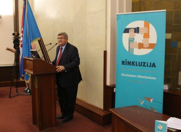 Vojko Obersnel govori na Rinkluzija završnoj konferenciji