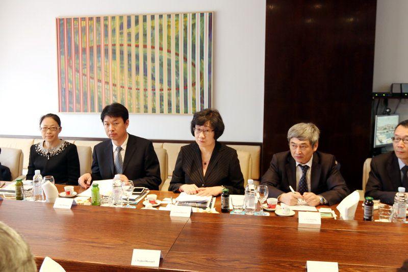 Gospođa Zhou Xiaoyan i Izaslanstvo Ministarstvo trgovine NR Kine