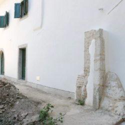 Primorska kuća obnovljena u autohtonom stilu
