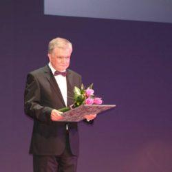 Nagrada za vrhunska znanstvena postignuća u imunologiji i virusologiji