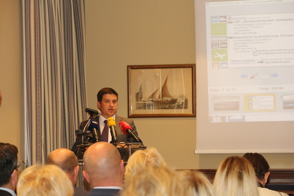 Predstavljanje razvojnih projekata Luke Rijeka i Riječkoga prometnoga pravca