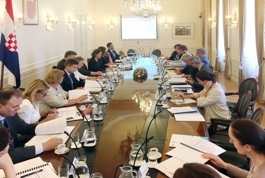 Sastanak s ministrima u Vladi RH