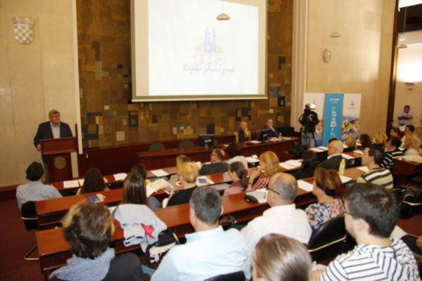 Sudionike konferencija pozdravio riječki gradonačelnik Obersnel