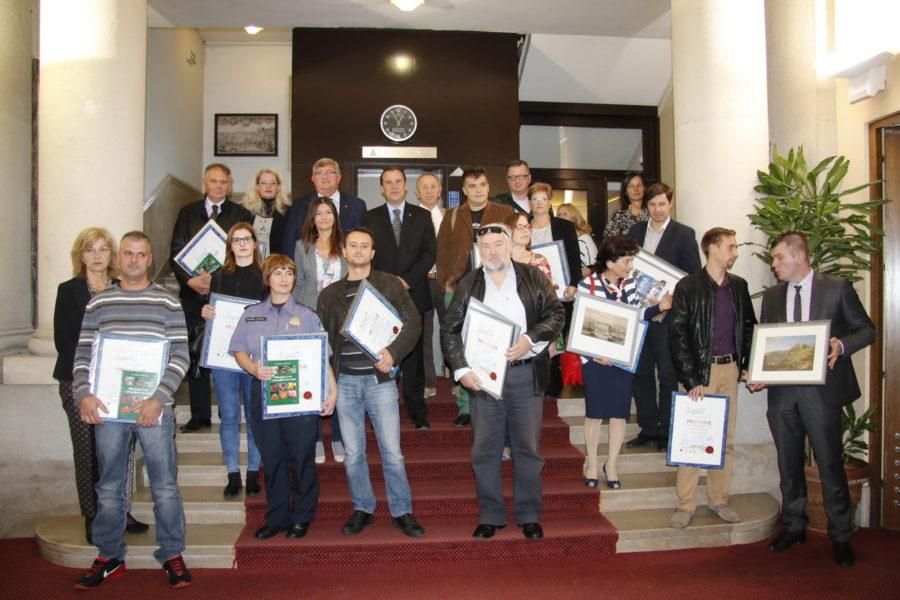 """Dobitnici priznanja u sklopu akcije """"Volim Hrvatsku - Volim Rijeku 2017"""""""