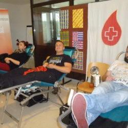 Mlade snage daruju krv u OŠ Srdoči