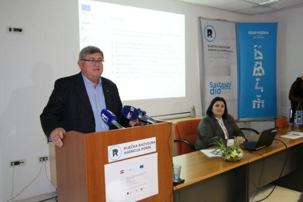 Gradonačelnik Vojko Obersnel i Doris Sošić iz RRA Porin