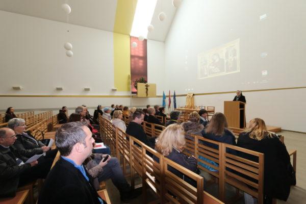 O povijesti ikone sa gledišta teologije i povijesti umjetnosti