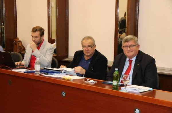 Pročelnik Ivan Šarar, zamjenik gradonačelnika Nikola Ivaniš i gradonačelnik Vojko Obersnel
