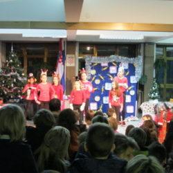 Predstava Božićni party