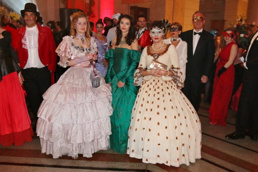 Održan humanitarni karnevalski bal