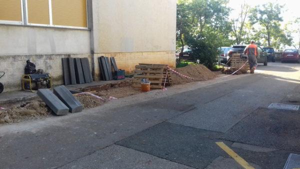 MO Škurinjska Draga, izgradnja parkirališta za motore 1, Rastočine 5