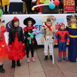 Princeza i princ Riječkog karnevala s pratiteljima
