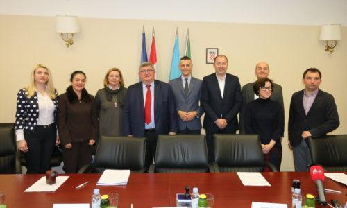 Potpis ugovora u Istarskoj županiji o uvođenju Građanskog odgoja i obrazovanja