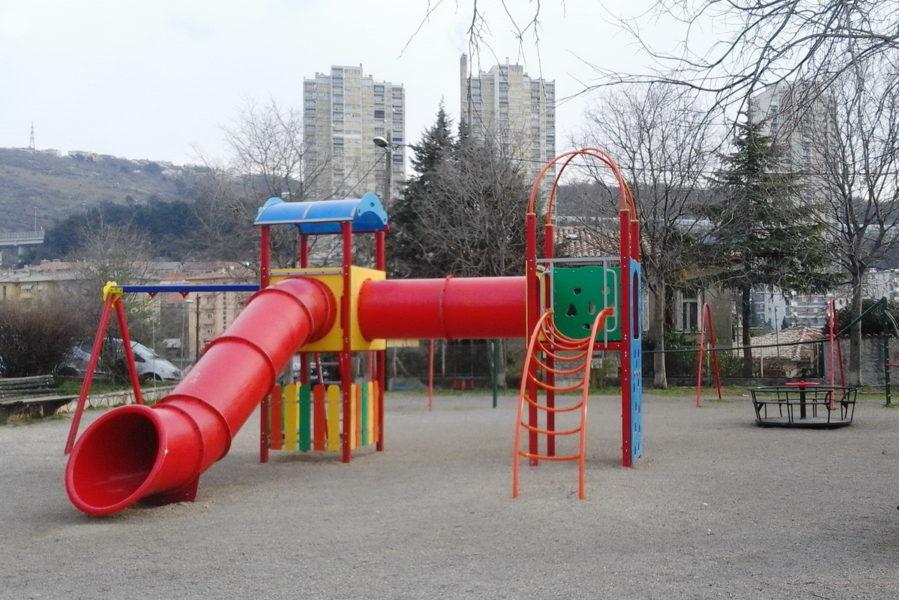 Dječji park Velebitska Banderovo