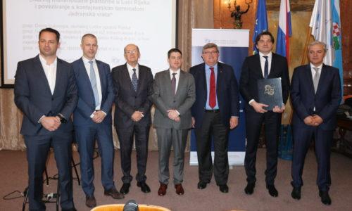 Potpisani ugovori za razvojne projekte u luci Rijeka