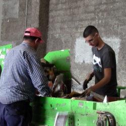 Djelatnici Čistoće demonstrirali su postupak odlaganja otpada