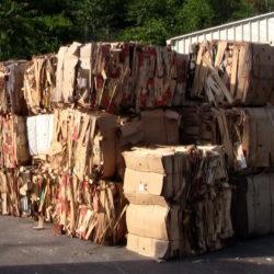 U reciklažno se dvorište može predati i otpadni papir