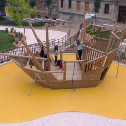 Za dječju igru postavljena sprava-brod