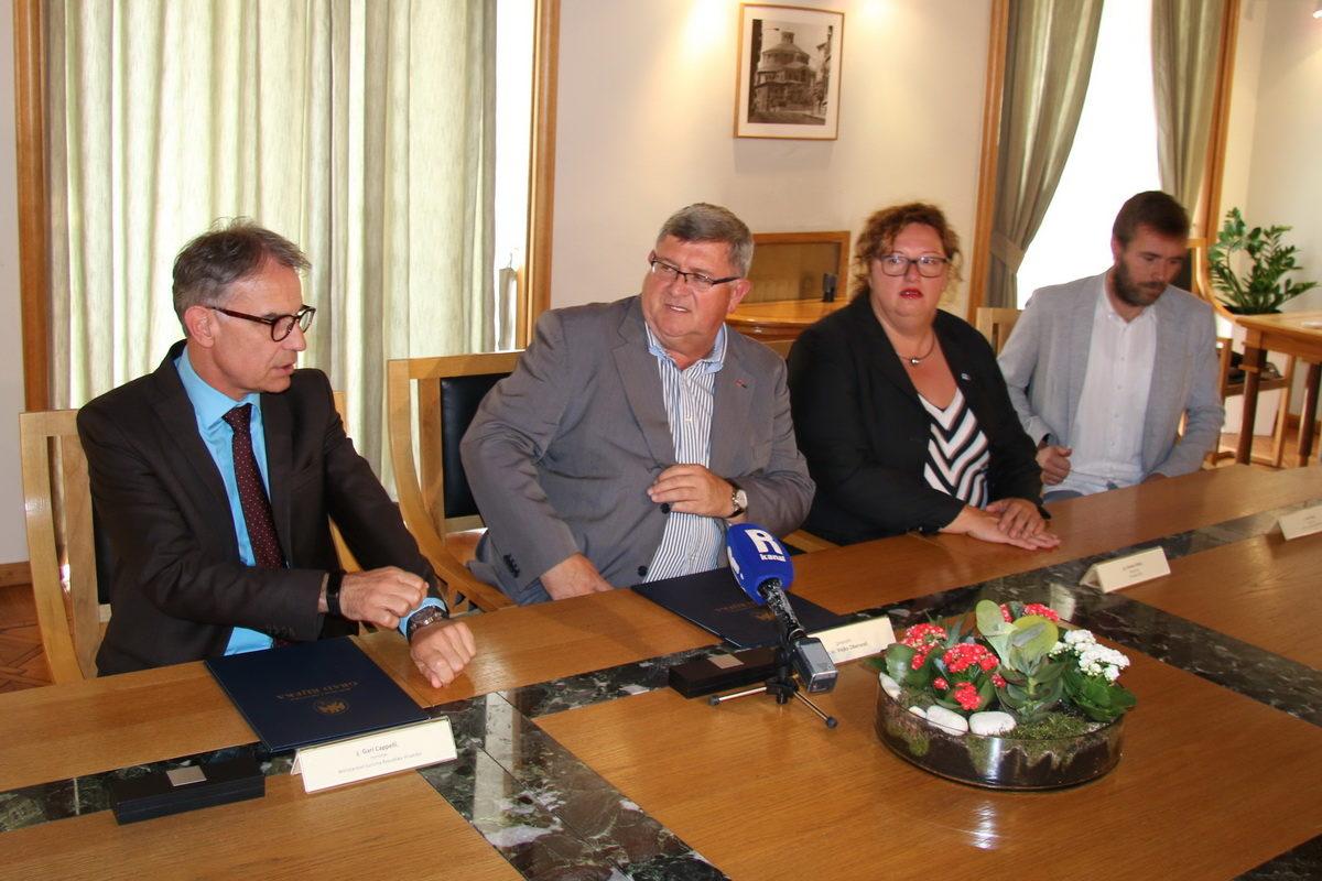 """Ministarstvo turizma uložilo 2 milijuna kuna u program """"Rijeka 2020. - Europska prijestolnica kulture"""""""