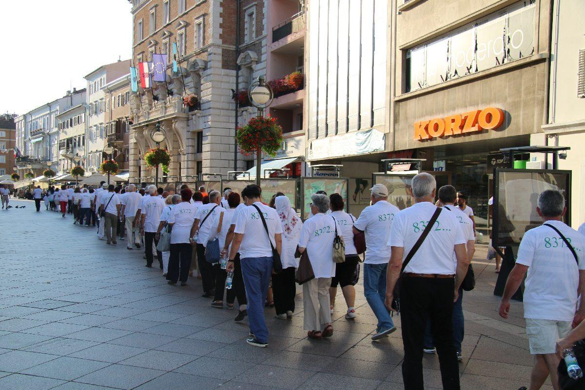 Rijekom prošao mimohod sjećanja Srebrenica svijetom hodi