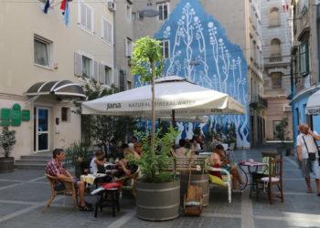 Trg Matije Vlačića Flaciusa – Čajni trg