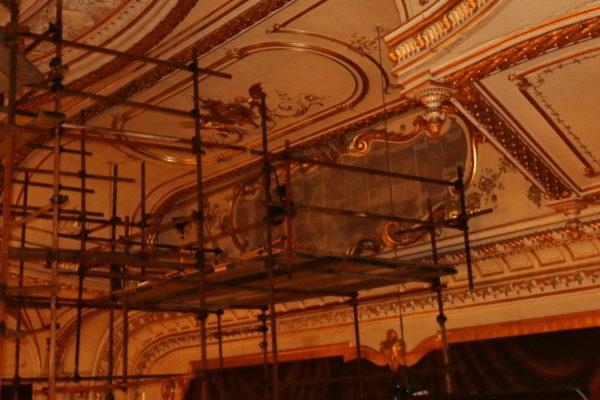 Najveća slika Kazalište Ernsta Klimta smještena je iznad proscenija