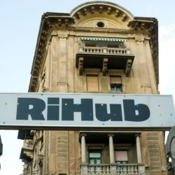Ri Hub