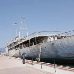 Broda Galeb u riječkoj luci