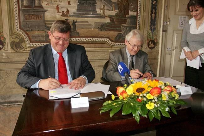 Potpis ugovora za konzervatorsko-restauratorske radove Palače Šećerane u Rijeci