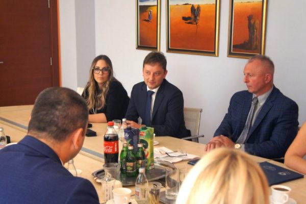 Potpisivanju Sporazuma prisustovali su i predsjednik Gradskog vijeća Andrej Poropat te pročelnica Odjela za poduzetništvo Jana Sertić
