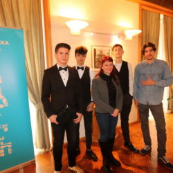 Učenici ŠPUR-a s mentoricom Ninom Bačić Mencer