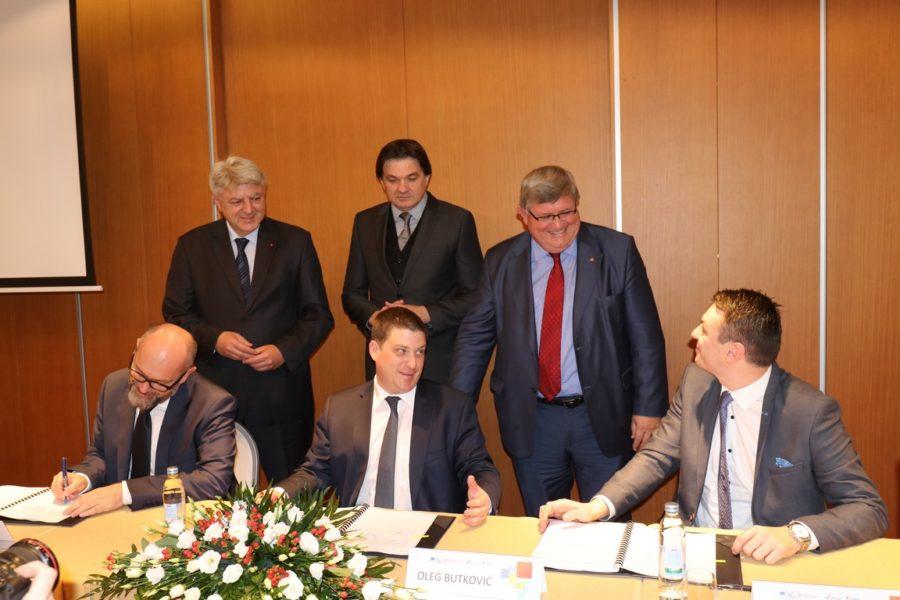 Potpis Ugovora o dodjeli bespovratnih sredstava za projekt izgradnje državne ceste DC 403