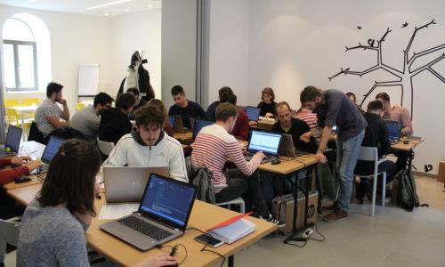 U tijeku je prvi ciklus intenzivnog osposobljavanja za programiranje i poslovne vještine