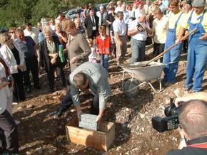 Polaganje kamena temeljca za Kuturni centar Čeha