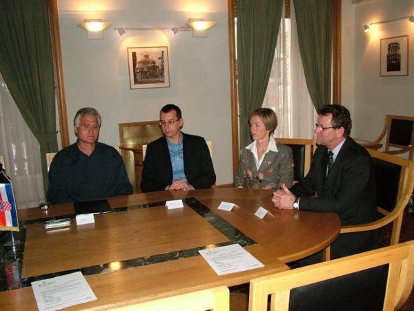 Potpis ugovora za izgradnju stanova na Rujevici II_ faza