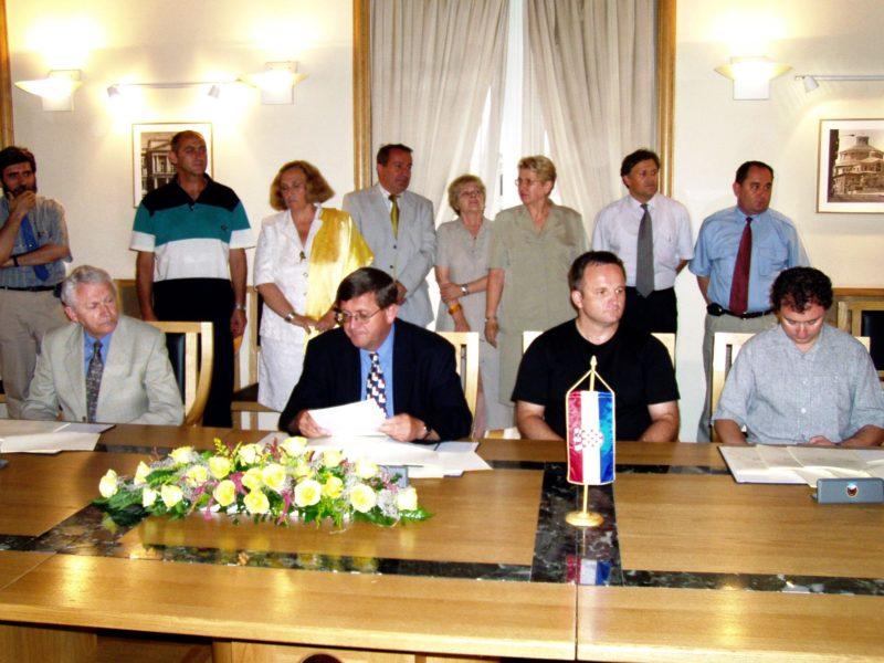 Potpis ugovora za projekte vezane uz uređenje prostora bivše tvornice Rikard Benčić