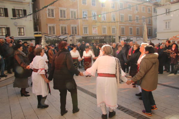 Nastup članica Pjevačkog društva KUD-a Vreteno