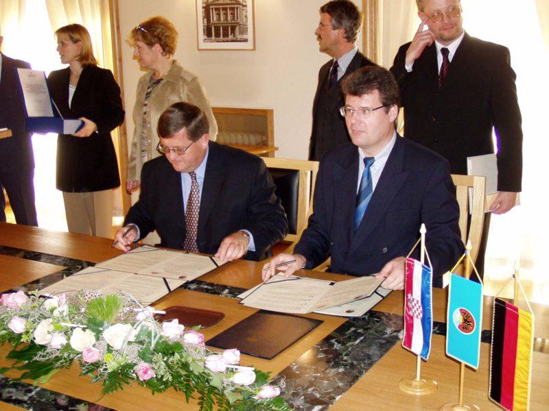 Rostock-Rijeka potpis sporazuma Rostock-Rijeka potpis sporazuma