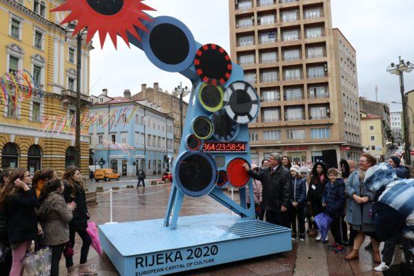 Otkrivanjem skulpture-brojača započelo odbrojavanje 365 dana do otvorenja projekta Rijeka 2020 – Europska prijestolnica kulture