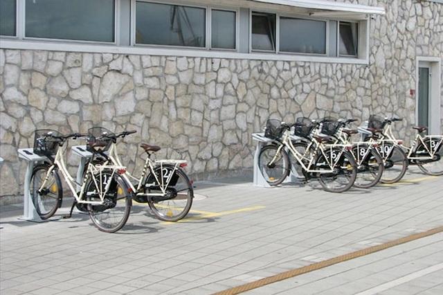 Bicikli Rijeka plusa na Molo longu